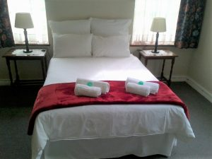 Suite 1: Main house - double bed