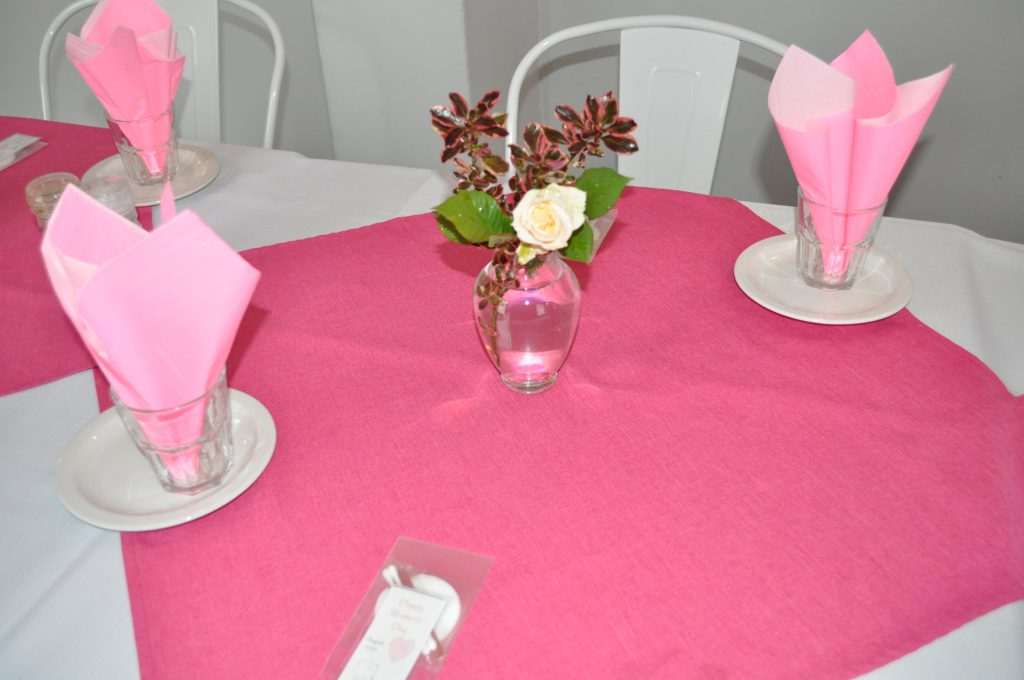 Table setting - rose